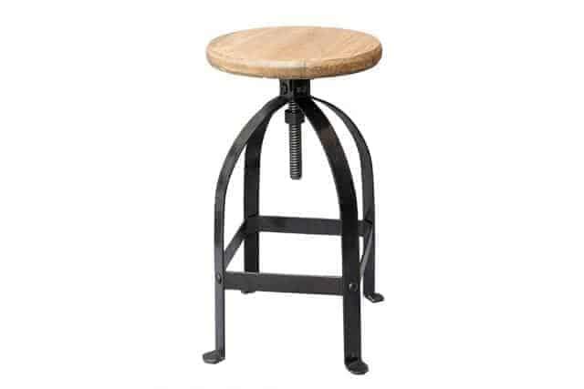 השכרת כיסא בר מעוצב